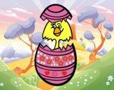 Pollito en un huevo de pascua