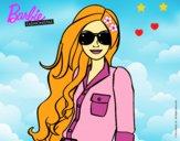 Dibujo Barbie con gafas de sol pintado por LunaLunita