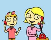Madre hablando por teléfono