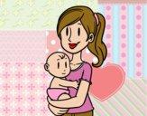 En brazos de mamá