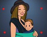 Mamá con portabebés