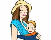 Dibujo Mamá con portabebés pintado por nenita5