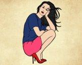 Chica agachada