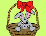Conejito en cesta